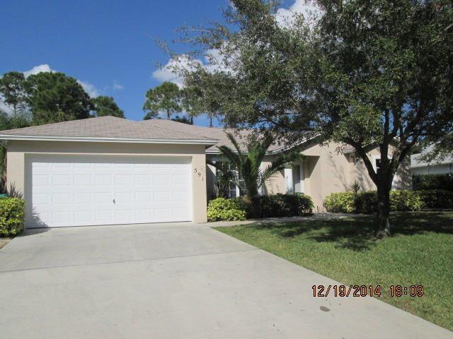 591 SE Wallace Terrace, Port Saint Lucie, FL 34983 - #: RX-10660120