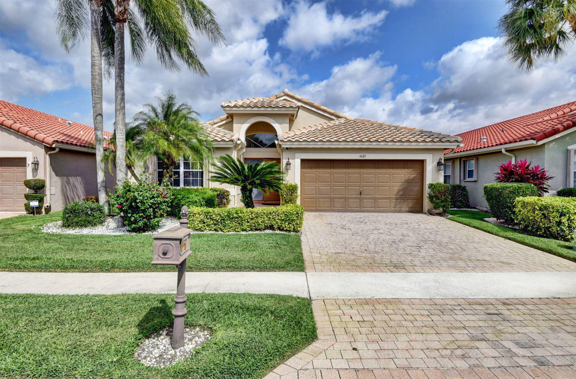 Photo of 6621 Maybrook Road, Boynton Beach, FL 33437 (MLS # RX-10697120)