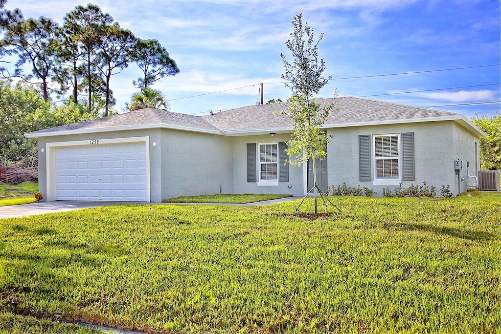 142 NW Dorchester Street, Port Saint Lucie, FL 34983 - #: RX-10626122