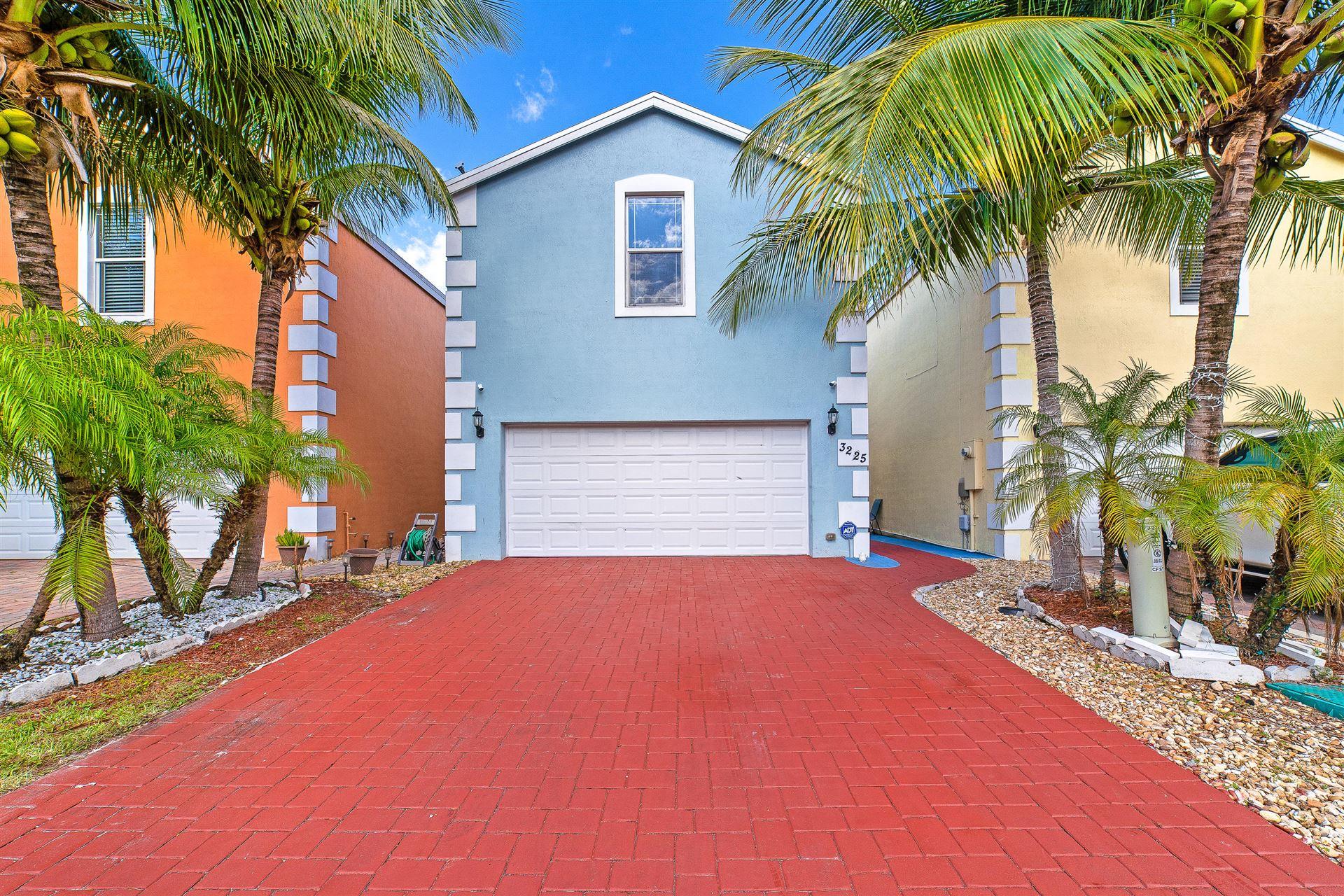 3225 Johns Place, Palm Springs, FL 33461 - #: RX-10675123