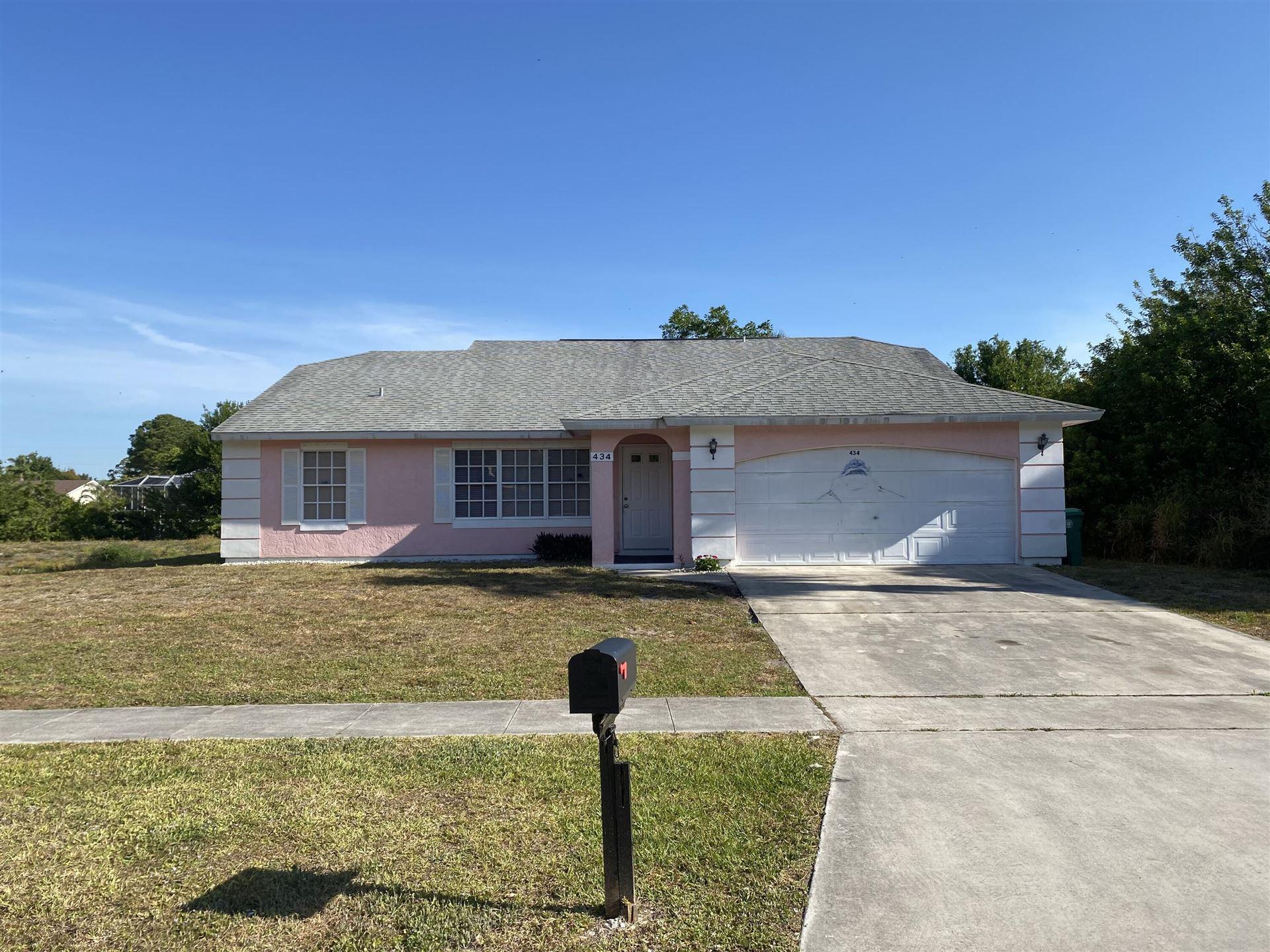 434 NE Camelot Drive, Port Saint Lucie, FL 34983 - MLS#: RX-10706123