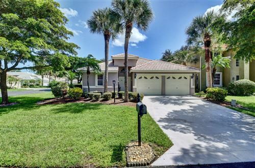 Photo of 629 W Clearbrook Circle, Delray Beach, FL 33445 (MLS # RX-10748124)