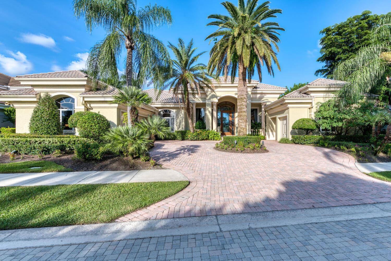 Photo of 38 Saint Thomas Drive, Palm Beach Gardens, FL 33418 (MLS # RX-10663124)