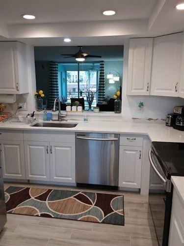 Photo of 15 Willowbrook Lane #206, Delray Beach, FL 33446 (MLS # RX-10649128)