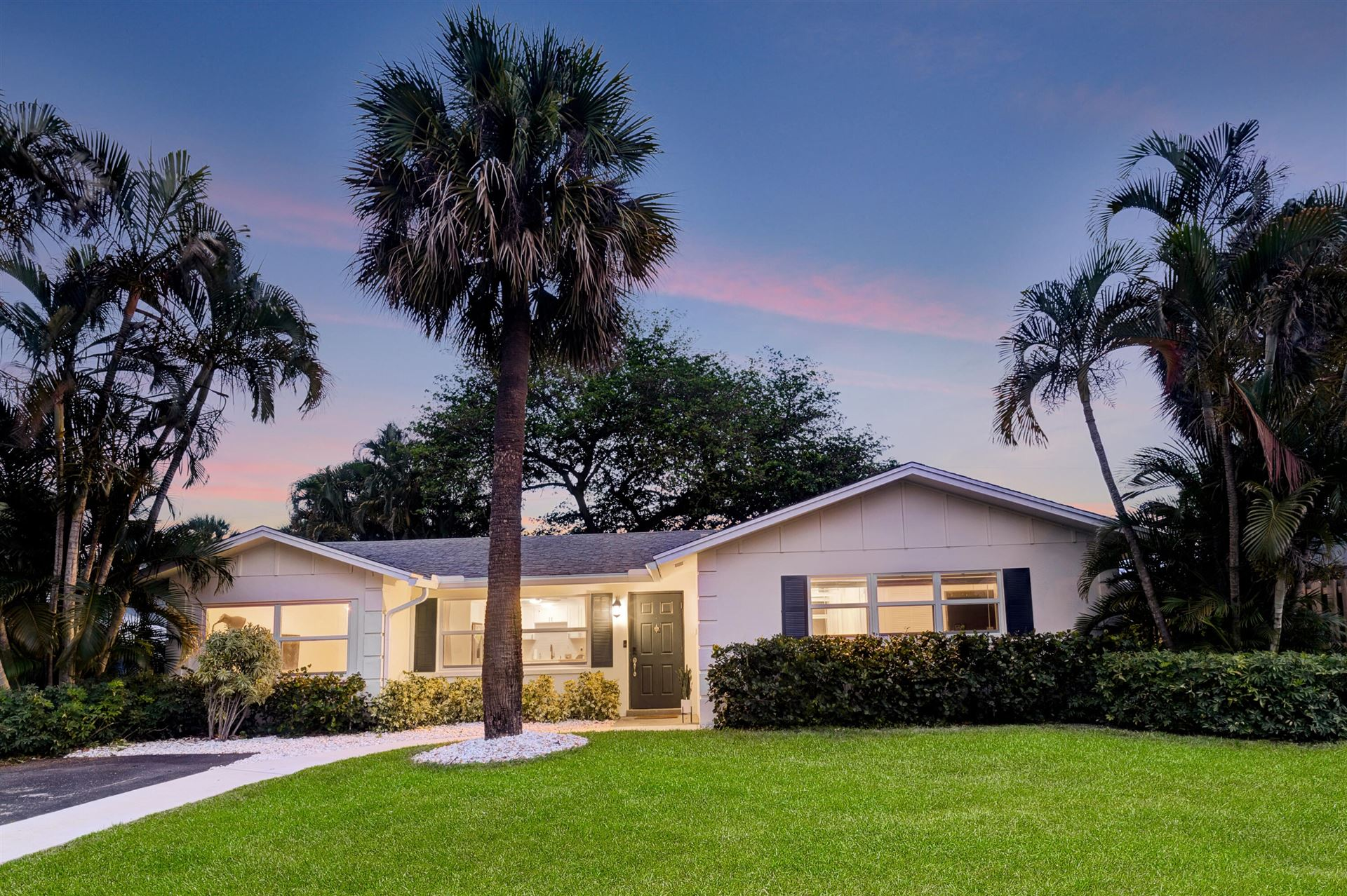558 Ivy Avenue, Palm Beach Gardens, FL 33410 - MLS#: RX-10721128