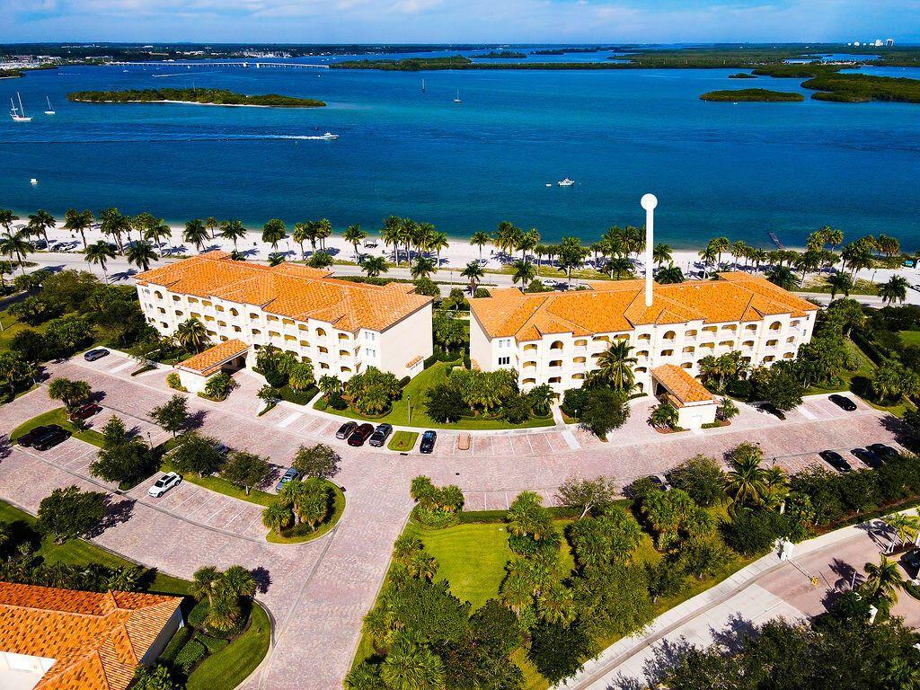 36 Harbour Isle Drive W #302, Fort Pierce, FL 34949 - MLS#: RX-10750128