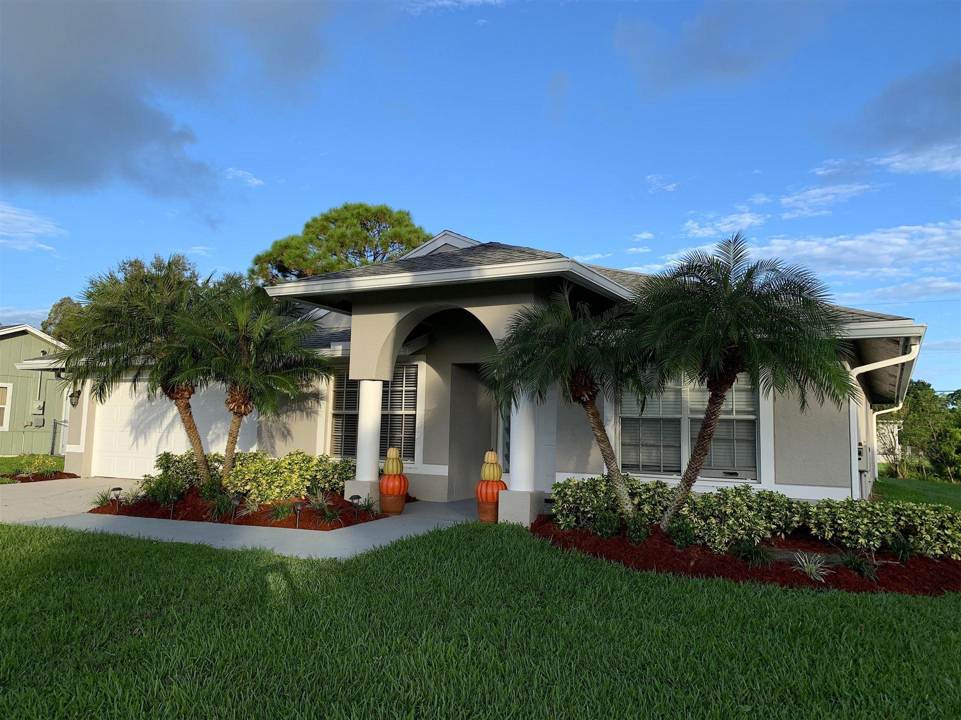 113 SW Grimaldo Terrace, Port Saint Lucie, FL 34984 - #: RX-10666129