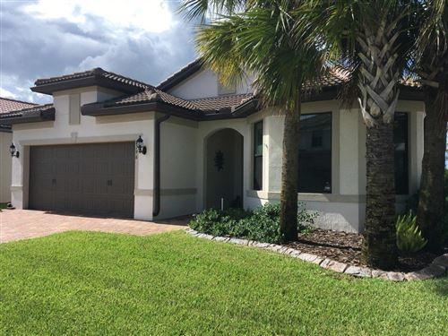 Foto de inmueble con direccion 8196 Hanoverian Drive Lake Worth FL 33467 con MLS RX-10645131