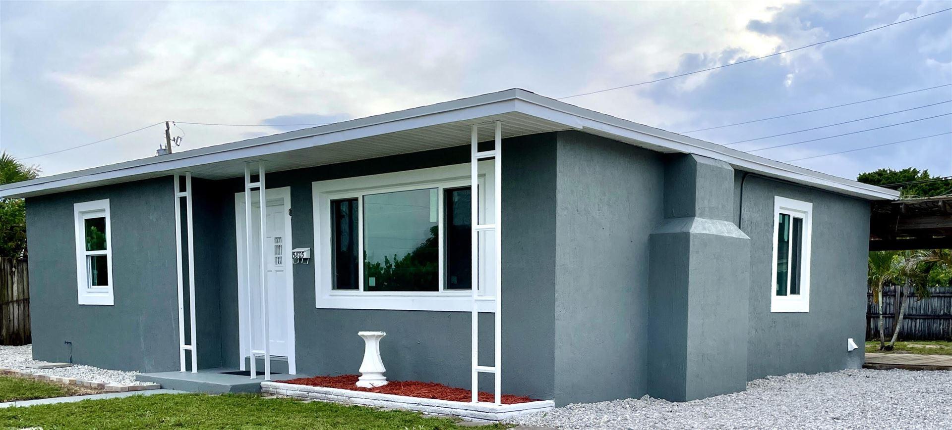 5805 Churchill Court, West Palm Beach, FL 33405 - #: RX-10744133