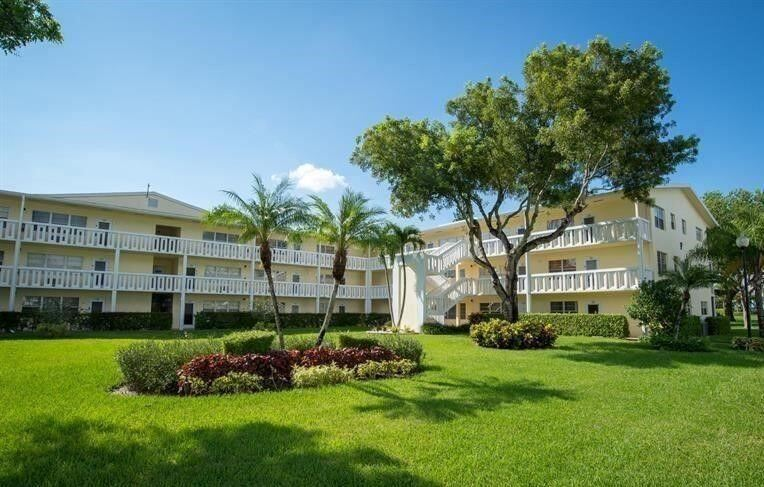 Photo of 371 Dorset I #I, Boca Raton, FL 33434 (MLS # RX-10696134)
