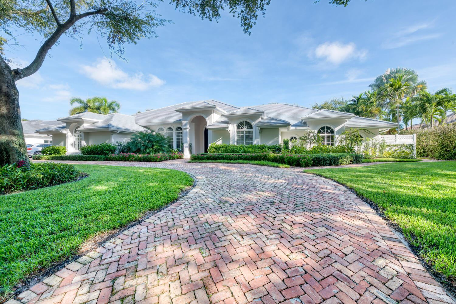 Photo of 150 Commodore Drive, Jupiter, FL 33477 (MLS # RX-10633135)