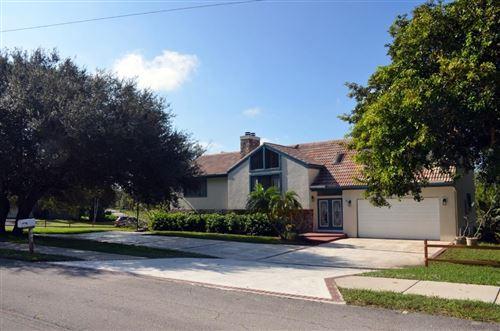 Photo of 601 High Street, Boca Raton, FL 33432 (MLS # RX-10671136)