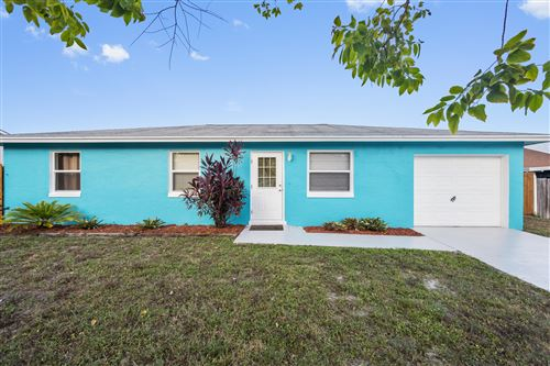 Photo of 2311 NE 21st Avenue, Jensen Beach, FL 34957 (MLS # RX-10733138)