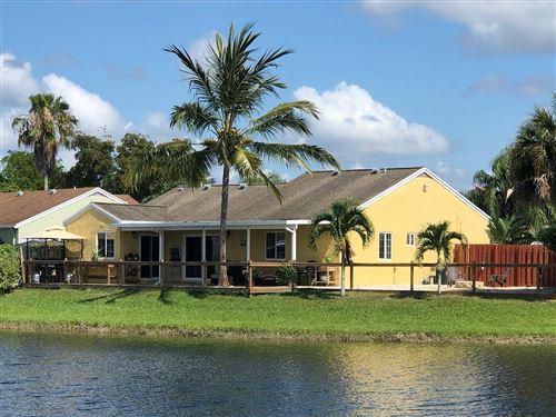 Photo of 18794 Cloud Lake Circle, Boca Raton, FL 33496 (MLS # RX-10675141)
