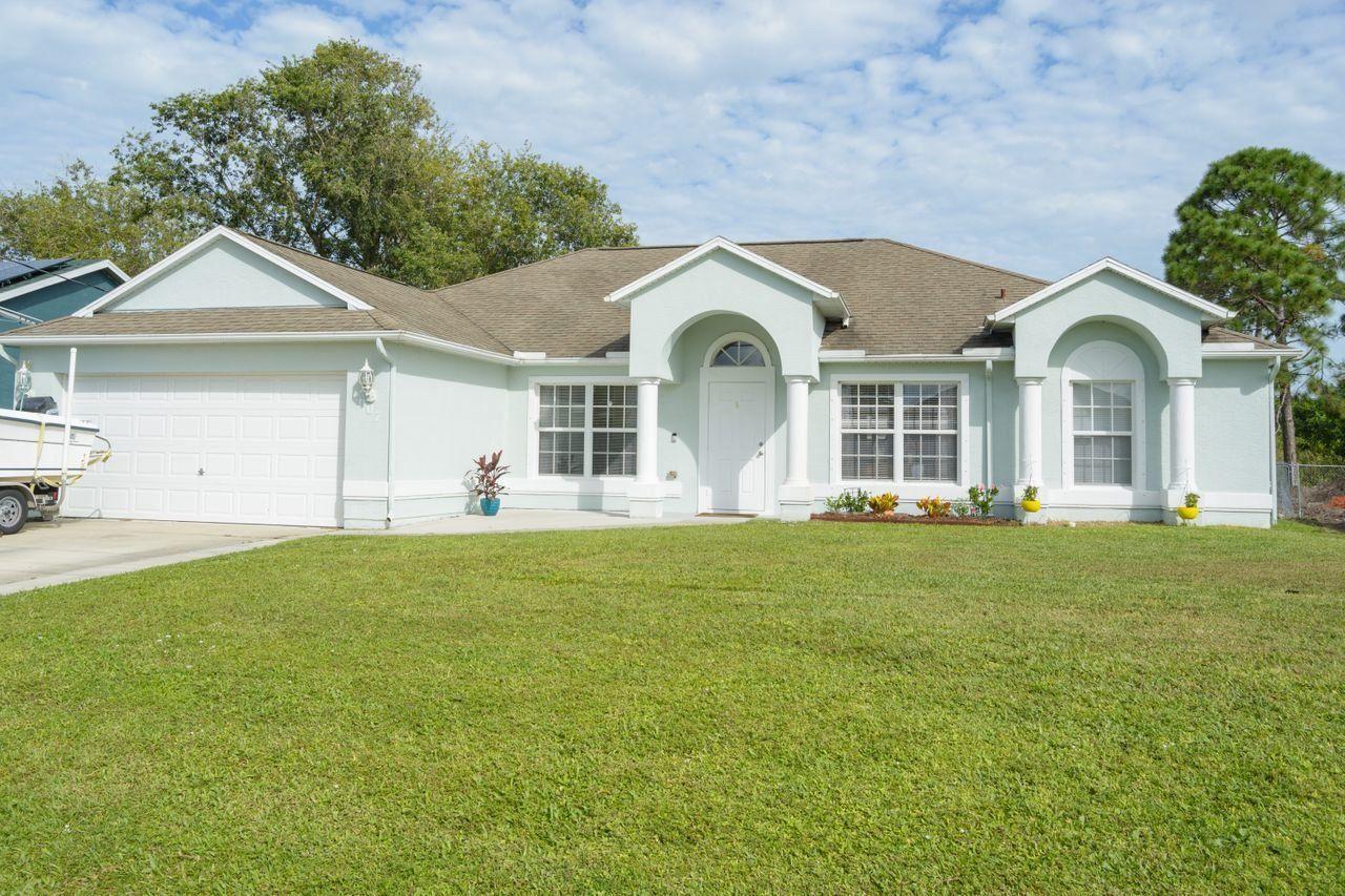 1607 SW Gadsan Avenue, Port Saint Lucie, FL 34953 - #: RX-10666141