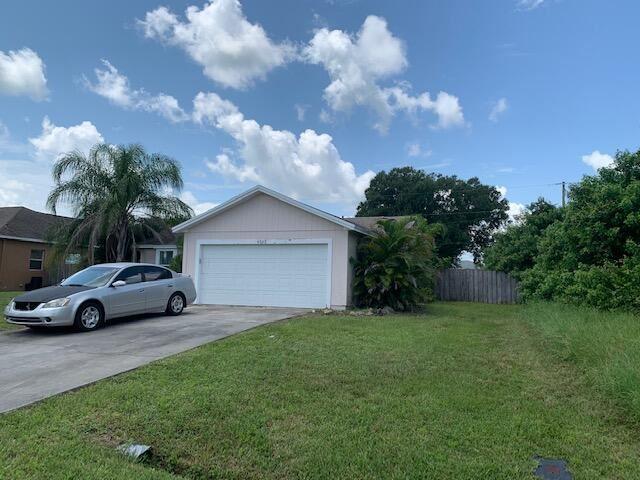4262 SW Xenon Street, Port Saint Lucie, FL 34953 - #: RX-10745141