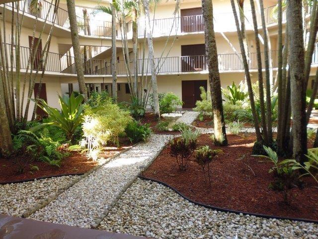 5190 Las Verdes Circle #203, Delray Beach, FL 33484 - #: RX-10660142