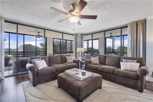 Photo of 7572 Regency Lake Drive #501, Boca Raton, FL 33433 (MLS # RX-10748145)