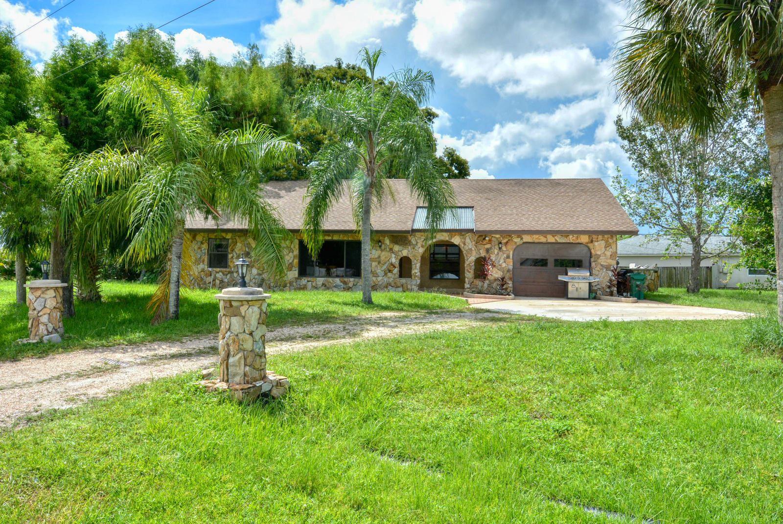 860 SW Thrift Avenue, Port Saint Lucie, FL 34953 - #: RX-10646147