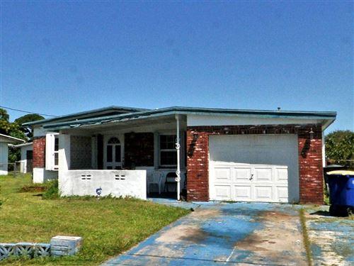 Photo of 1902 N 16th Street, Fort Pierce, FL 34950 (MLS # RX-10615148)