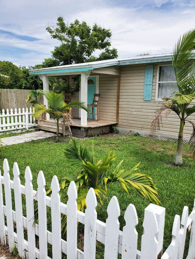 3810 SE Salerno Road, Stuart, FL 34997 - MLS#: RX-10731149