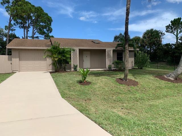 1433 SE Navajo Lane, Port Saint Lucie, FL 34983 - #: RX-10650150
