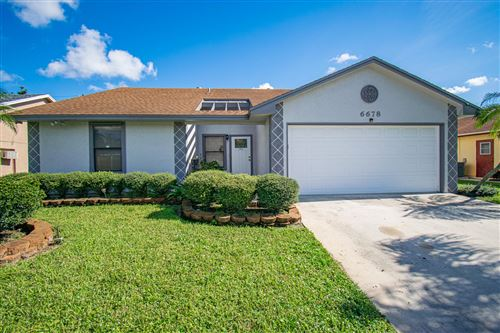 Photo of 6678 Lawrence Woods Court, Lake Worth, FL 33462 (MLS # RX-10593151)