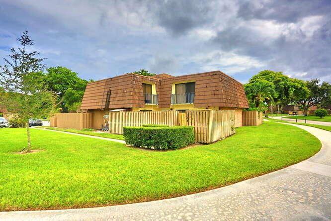 1203 12th Court, Palm Beach Gardens, FL 33410 - #: RX-10660151