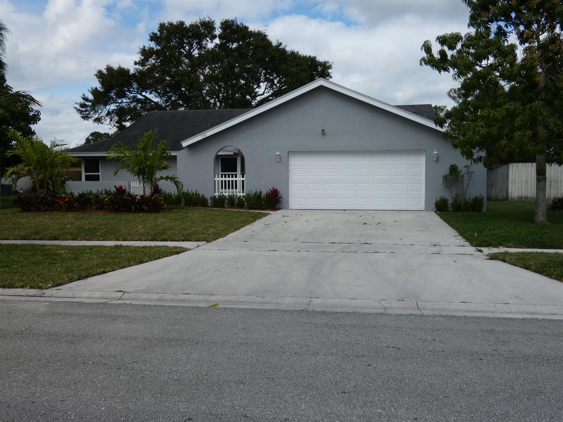 132 Sherwood Drive, Royal Palm Beach, FL 33411 - #: RX-10689151