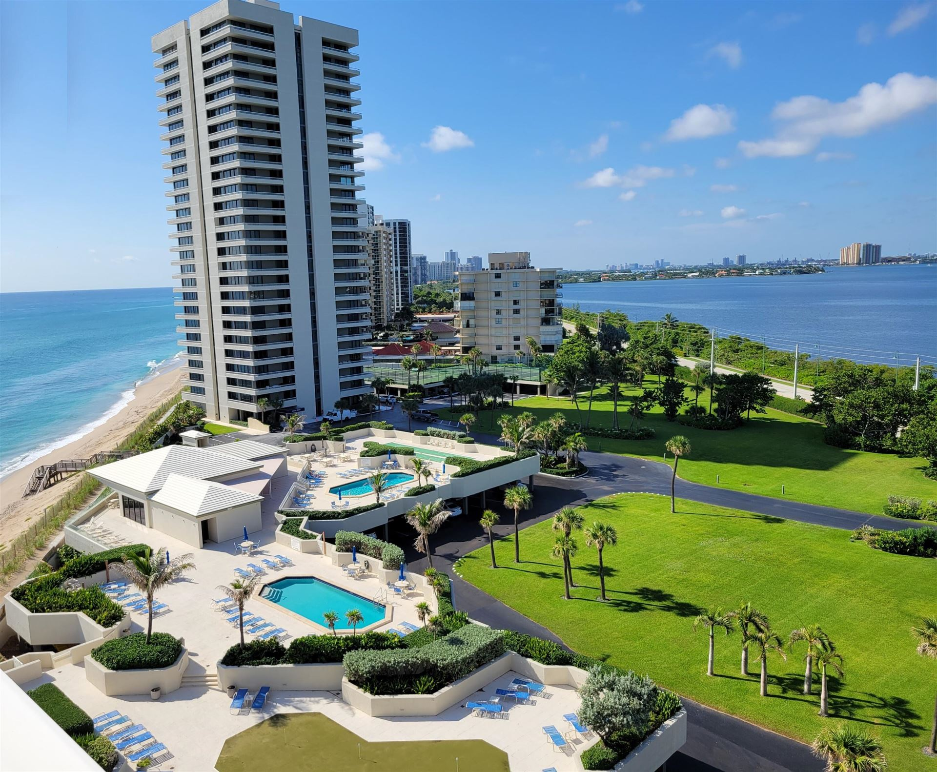 Photo for 5540 N Ocean Drive #9b, Singer Island, FL 33404 (MLS # RX-10745151)
