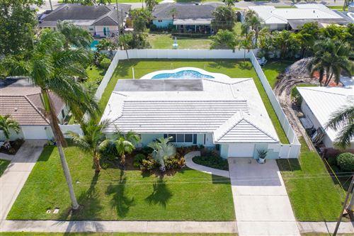 Photo of 1140 SW 13th Drive, Boca Raton, FL 33486 (MLS # RX-10671152)