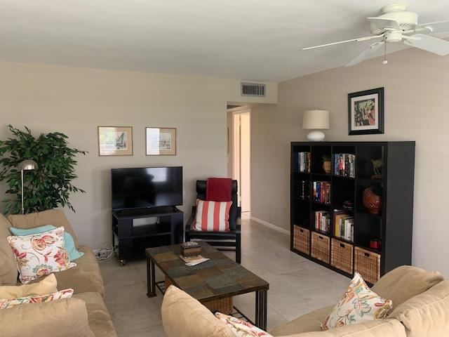 60 Dorchester Way #C, West Palm Beach, FL 33417 - #: RX-10653156