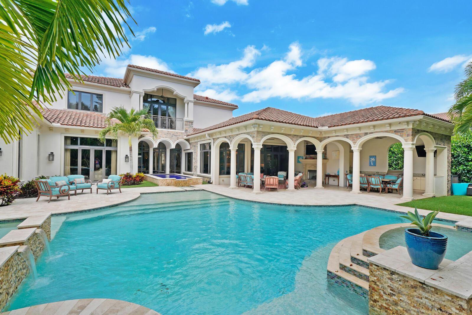 Photo of 649 Hermitage Circle, Palm Beach Gardens, FL 33410 (MLS # RX-10716156)