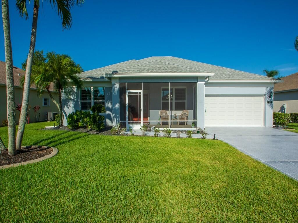 Photo of 1013 NW Tuscany Drive, Saint Lucie West, FL 34986 (MLS # RX-10740156)