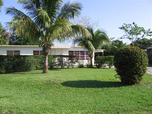 Photo of 221 SE 5th Avenue, Boynton Beach, FL 33435 (MLS # RX-10585161)