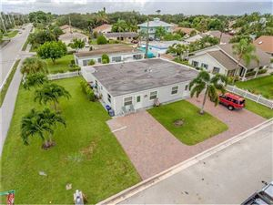 Tiny photo for 2014 N Suzanne Circle, North Palm Beach, FL 33408 (MLS # RX-10484162)
