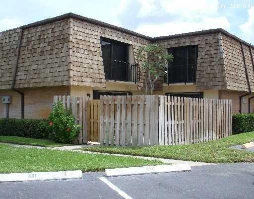 251 Woodland Road, Palm Springs, FL 33461 - #: RX-10688162