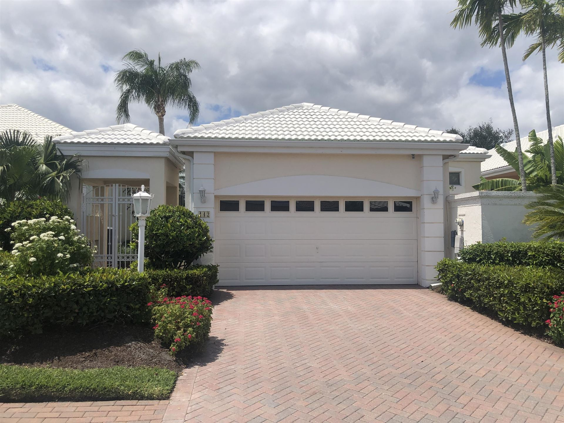 Photo of 142 Coral Cay Drive, Palm Beach Gardens, FL 33418 (MLS # RX-10705162)
