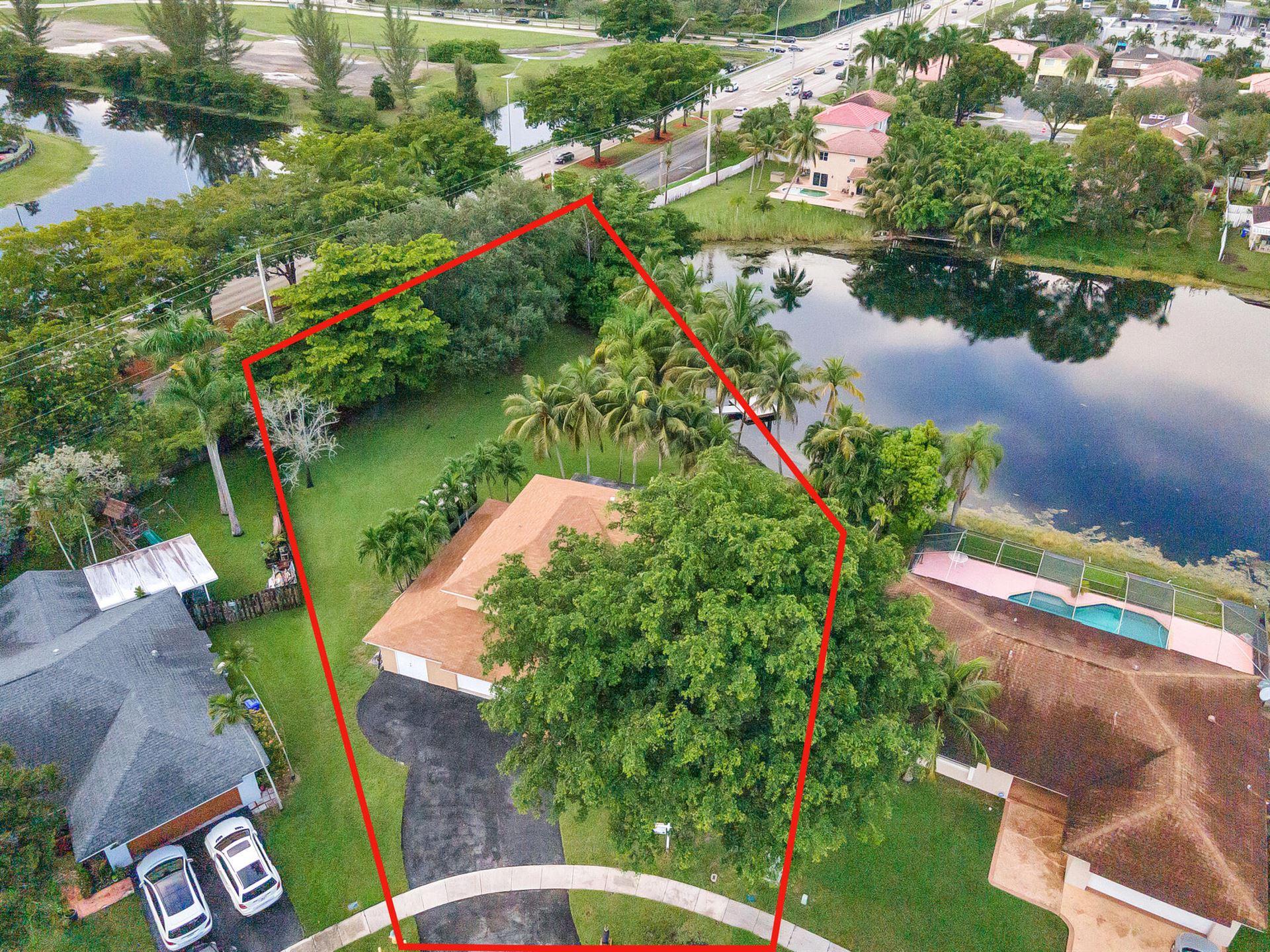 600 SW 100 Terrace, Pembroke Pines, FL 33025 - MLS#: RX-10744163