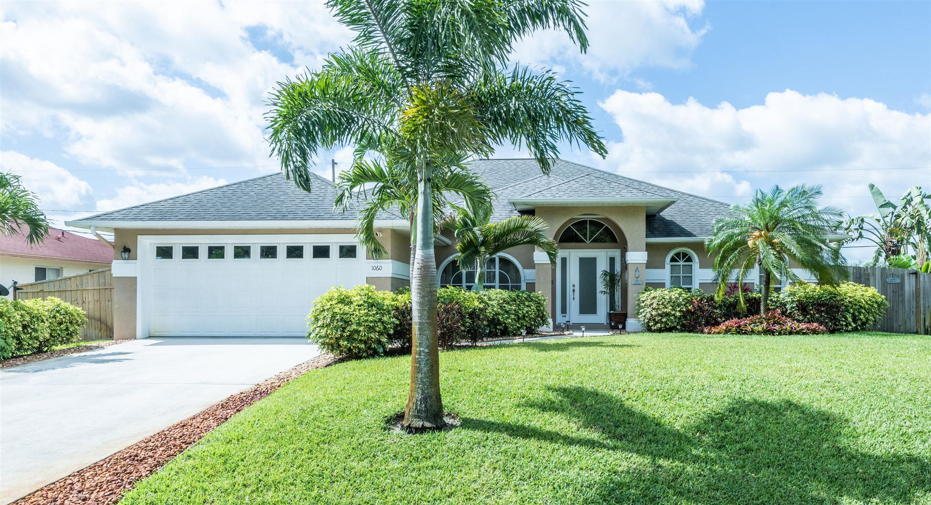 1060 SW Dilido Lane, Port Saint Lucie, FL 34953 - MLS#: RX-10712165