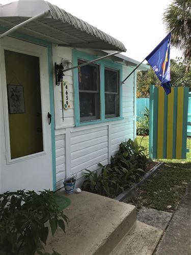 Photo of 4659 SE May Avenue, Stuart, FL 34997 (MLS # RX-10642166)