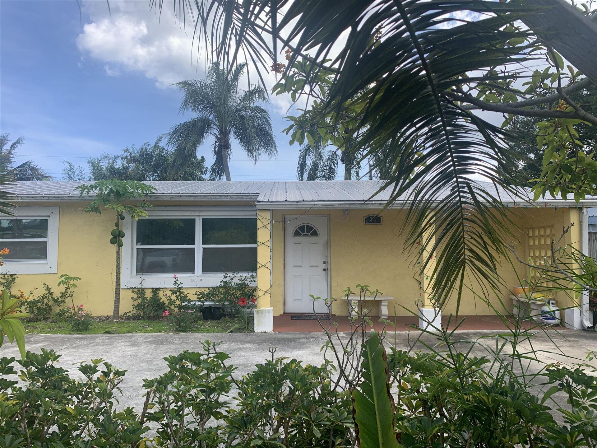 2374 SE Washington N Street N, Stuart, FL 34997 - MLS#: RX-10714168