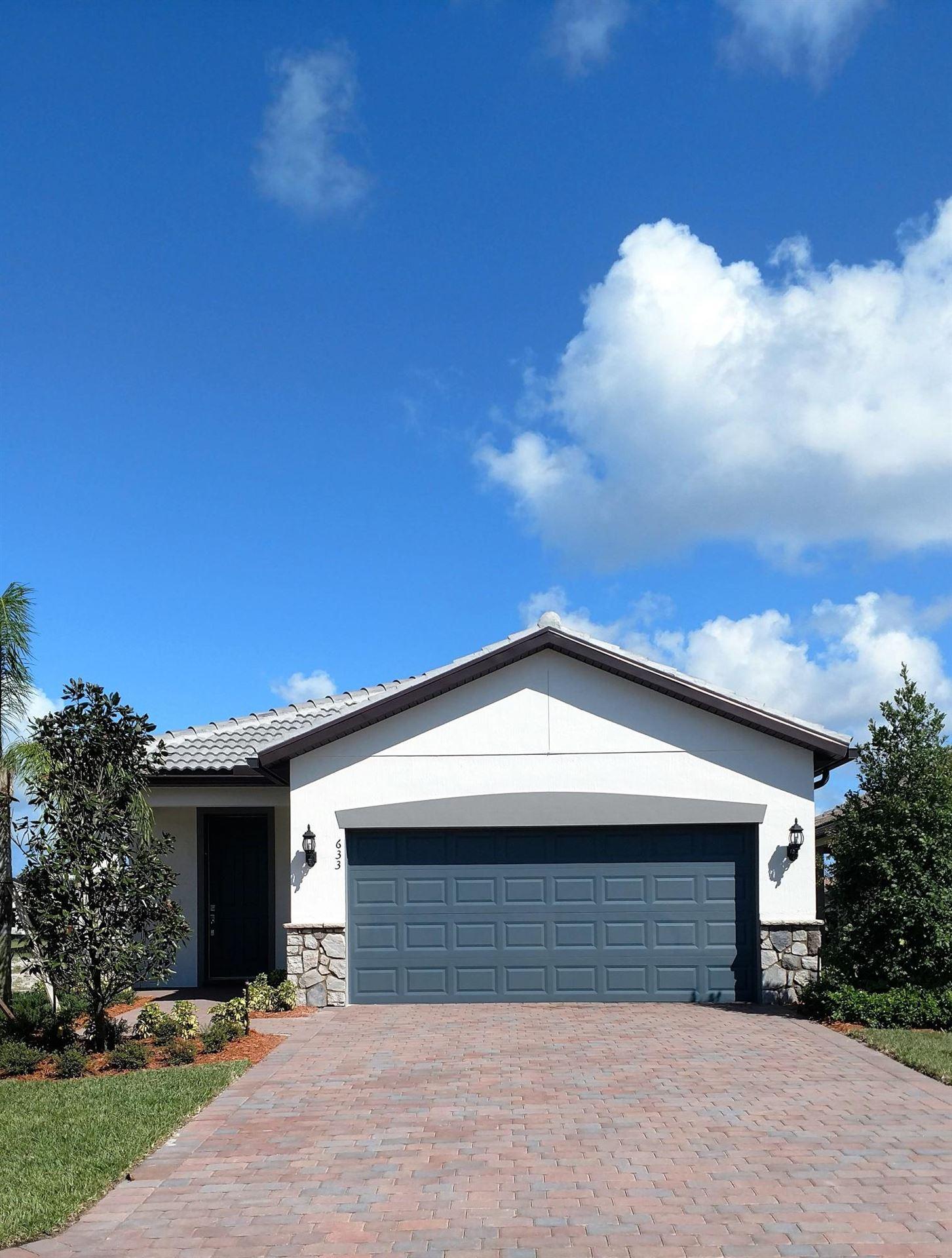 633 SE Monet Drive, Port Saint Lucie, FL 34984 - #: RX-10665169