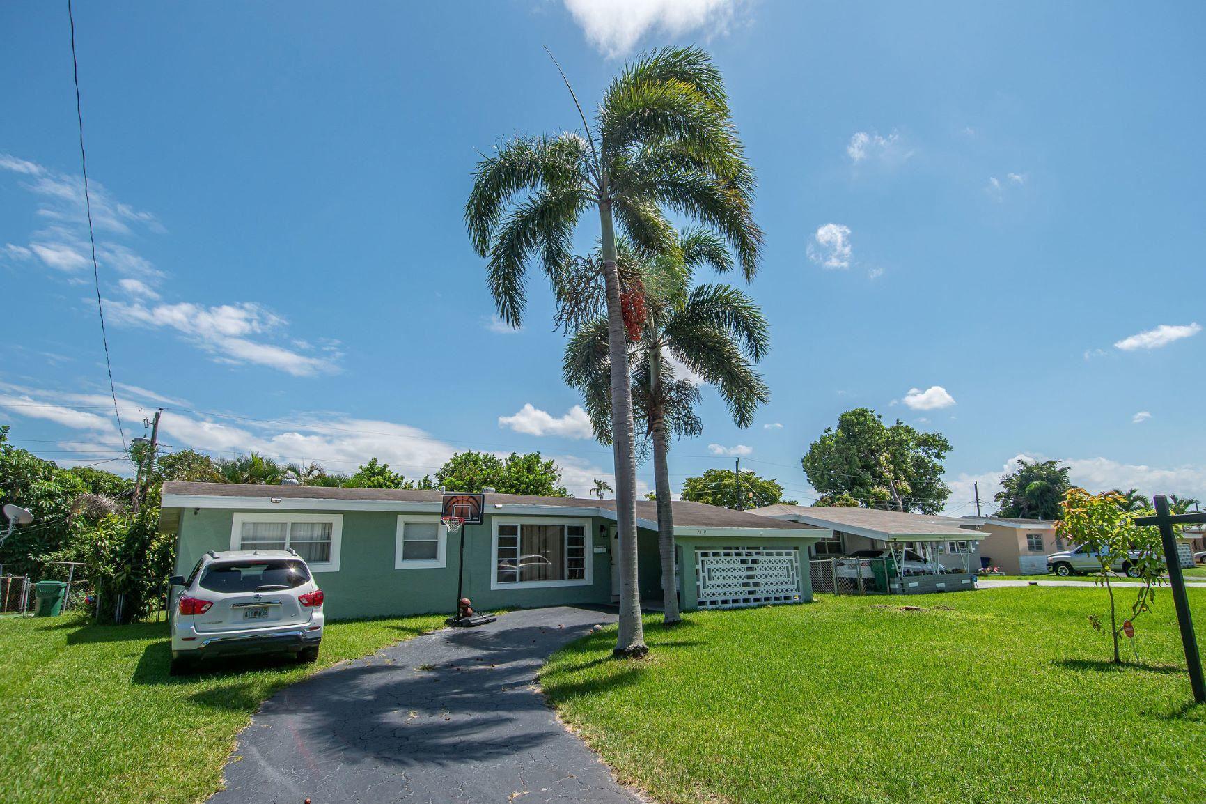 7310 Tropicana Street, Miramar, FL 33023 - #: RX-10632170