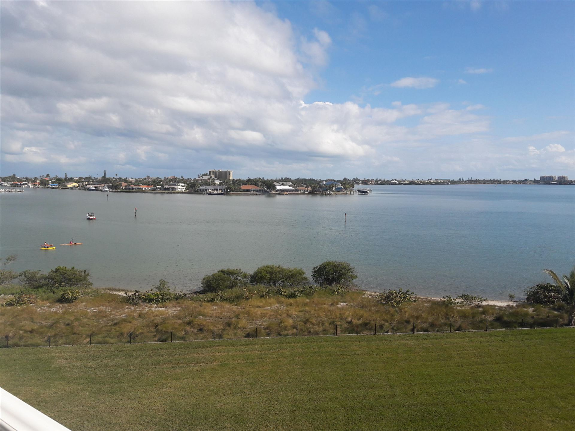 Photo of 4 Harbour Isle Drive E #Ph04, Fort Pierce, FL 34949 (MLS # RX-10708170)