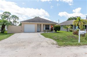 Photo of 2425 13th Place SW, Vero Beach, FL 32962 (MLS # RX-10558171)