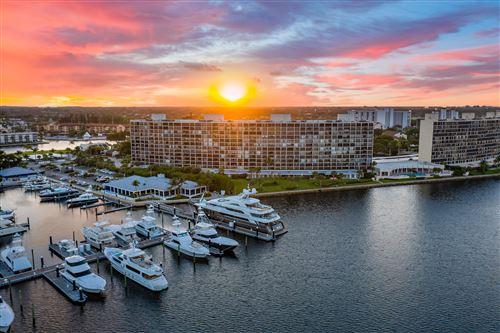 Photo of 124 Lakeshore Drive #5290, North Palm Beach, FL 33408 (MLS # RX-10754171)