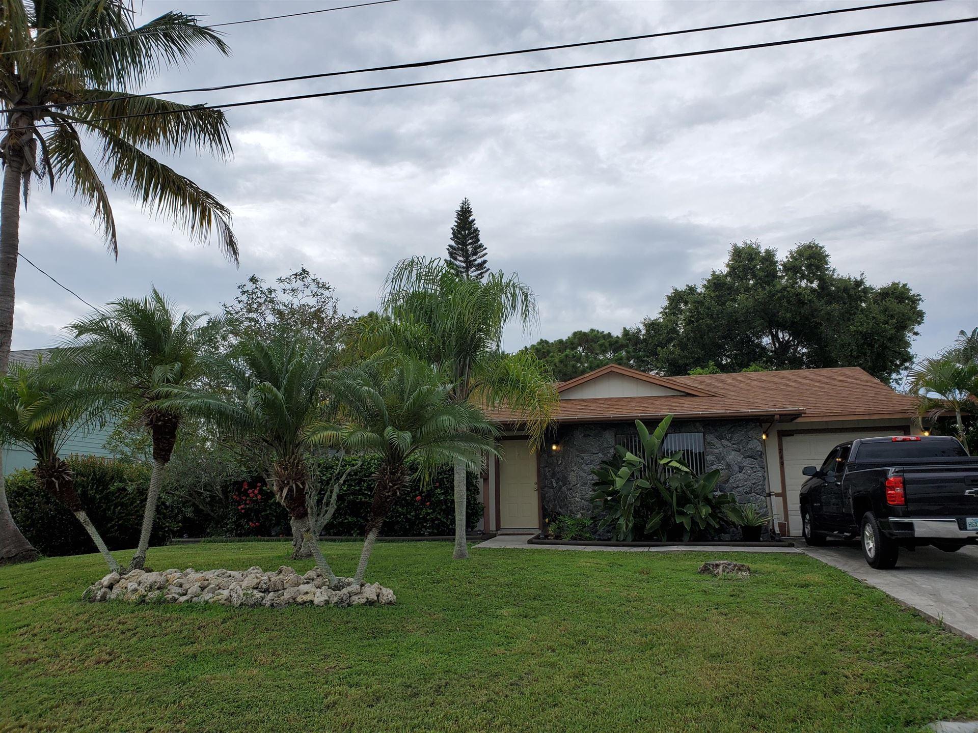 749 SW Tulip Boulevard, Port Saint Lucie, FL 34953 - #: RX-10643171