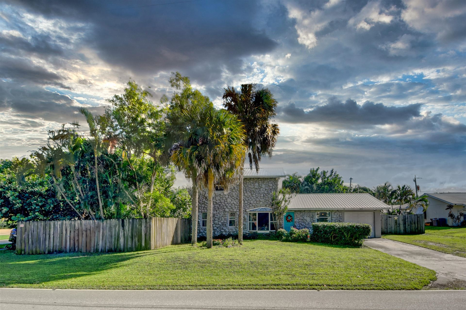 8150 SE Crossrip Street, Hobe Sound, FL 33455 - #: RX-10672171