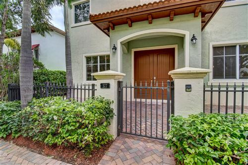 Photo of 577 NW Library Commons Way, Boca Raton, FL 33432 (MLS # RX-10519172)